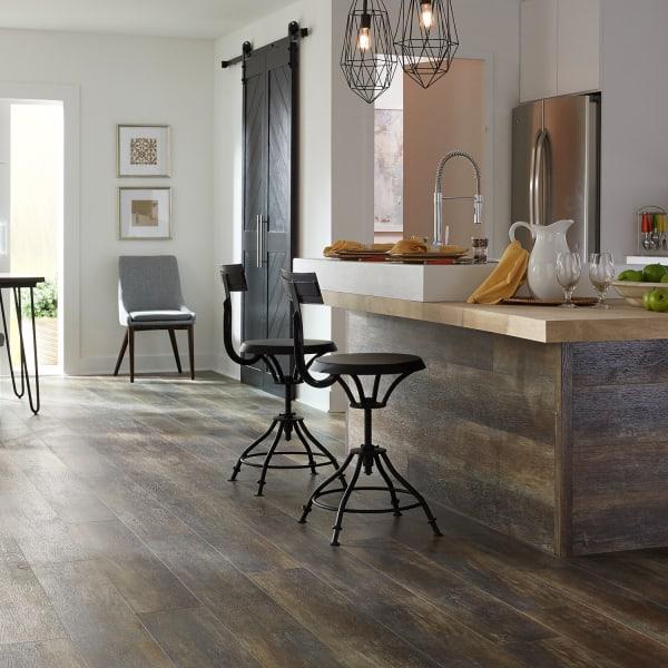 Copper Barrel Oak Engineered Vinyl Plank Flooring in Kitchen and Dining Room