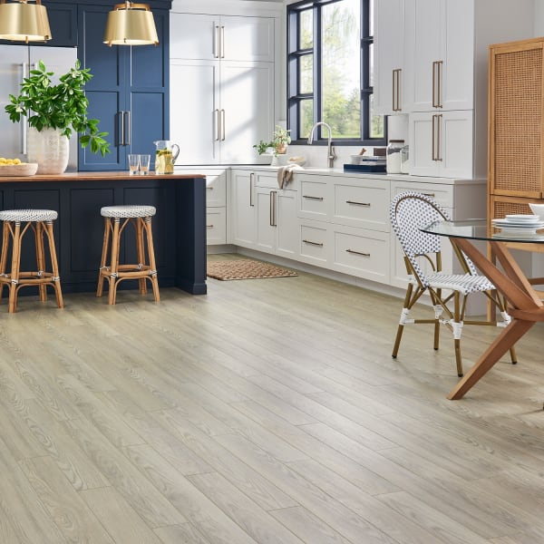 Island Dune Oak Laminate Flooring in Kitchen and Dining Room