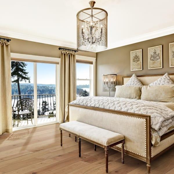 Blue Ridge Oak Wire Brushed Engineered Hardwood Flooring in Bedroom