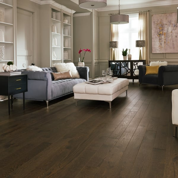 .75 in. x 5 .25 in. Coggeshall Oak Distressed Solid Hardwood Flooring