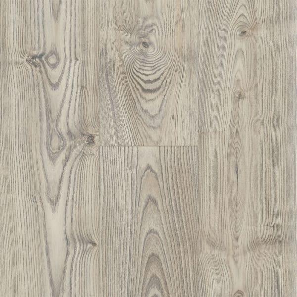 8mm Salzburg Oak 24 Hour Water-Resistant Laminate Flooring